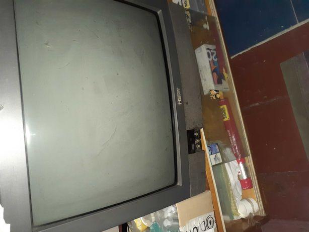 Телевизор Hajer.
