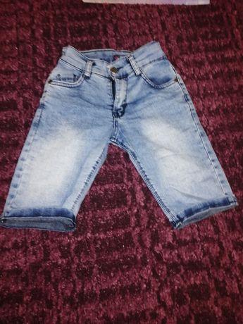 Детская одежда джинсовые бриджи на мальчика 5лет