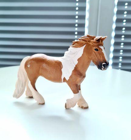 Koń Schleich klacz Tinker konik figurka