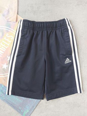 Спортивные шорты Adidas на 7 - 8лет