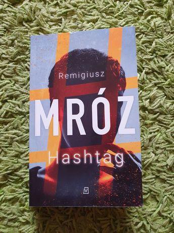Hashtag Remigiusz Mróz