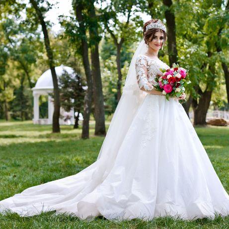 Продам свадебное платье, очень красивое!!!