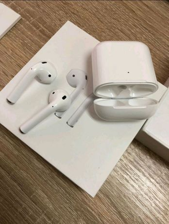 Продаю AirPods2.