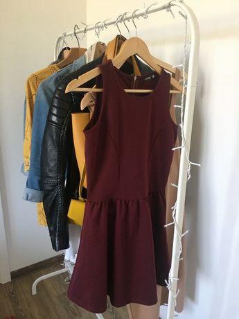 Sukienka rozkloszowana bordowa na ramiączkach xs sinsay