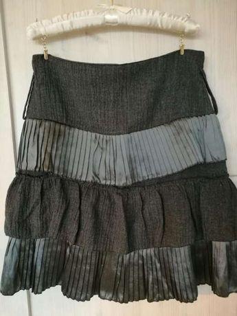 Spodnica made in italy nowa perelka na olx z paskiem w komplecie