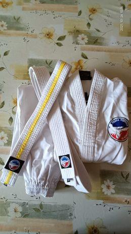 Dobok strój kimono na taekwondo