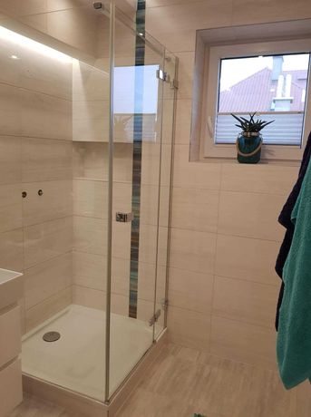 Kabina prysznicowa z brodzikiem 90/90cm