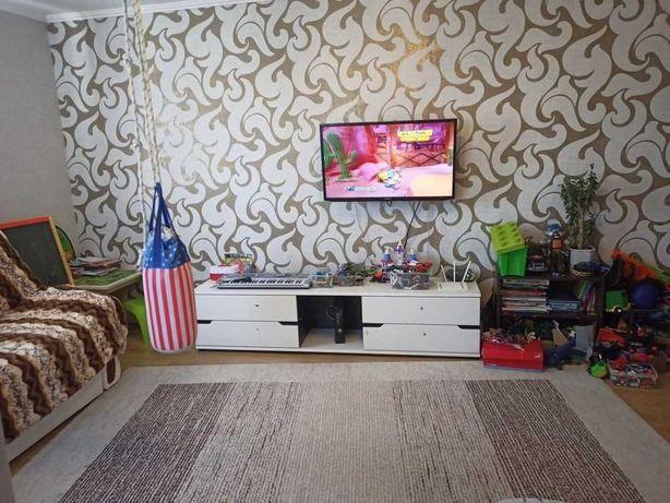 Продам отличную 2-х ком. квартиру г. Вишневое ул. Святошинская 35а