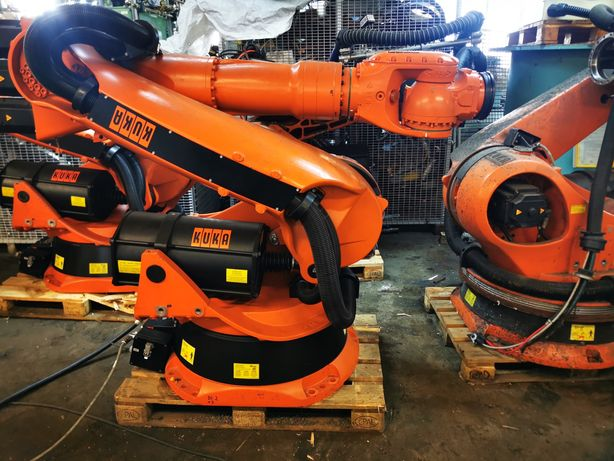 Robot KUKA KRC2 KR210L210