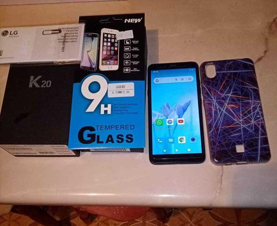 Sprzedam smartphone LGK20