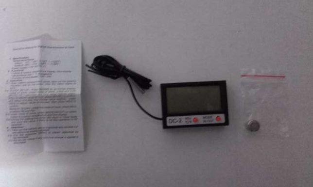 Relógio Digital LCD com Termómetro interior e exterior