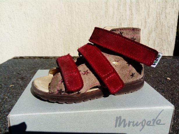 Mrugała Porto profilaktyczno-korekcyjne r. 22 (15,1 cm) skóra sandały