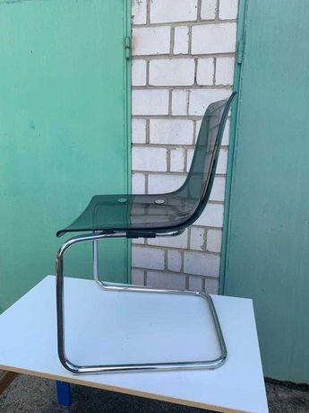 Stol szklany z krzeslami w stanie idealnym.