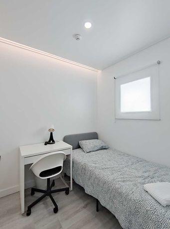 Arrendo quarto novo em Linda-a-Velha - Oeiras