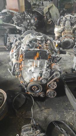 Двигатель Комплектний Mazda 6 2.2 td R2AA