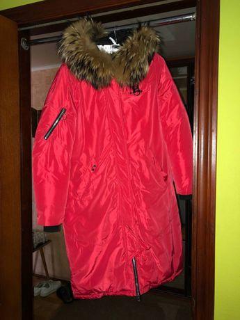 Пальто женское красное
