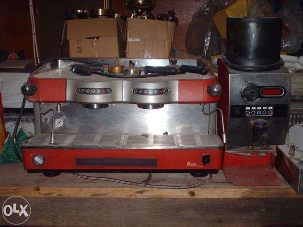 Máquina de café e moinho automático Azkoyen