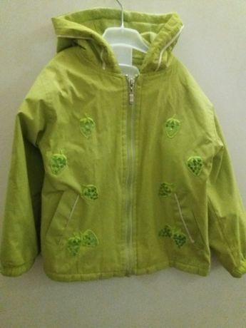 Куртка, курточка 4- 6 лет.