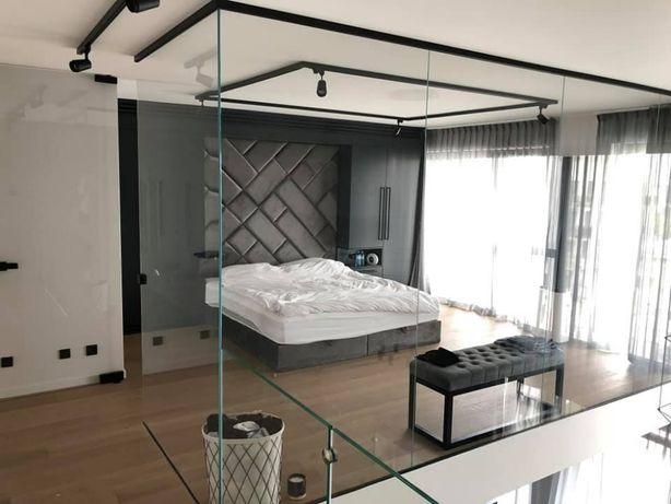 Szklarz warszawa balustrady loftowe lustra kabiny szklane prysznicowe