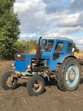 Продам трактор Т-40 в рабочем состоянии. +плуг+культиватор+бороны
