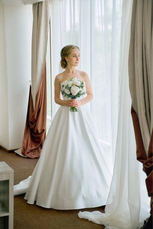 Свадебное платье бу ( на прокат, аренда)
