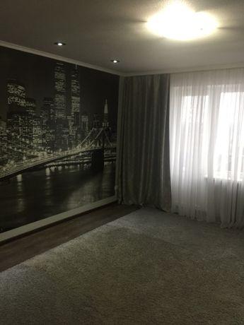 ПРОДАМ 3-комнатную квартиру в центре г. Харцызска