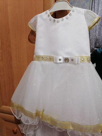 Нарядное платье для праздника,снежинка для девочки 4-6лет