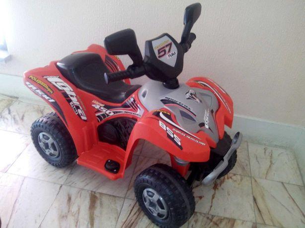 Moto 4 Criança Feber