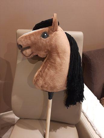 Hobby horse brazowy
