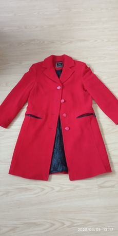 Пальто жіноче, кашемір, весняне.