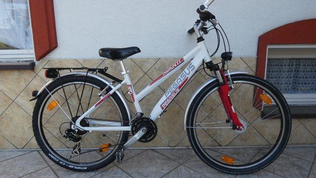 Rower PEGASUS - koła 26, Aluminium, Shimano, amor, prądnica w kole