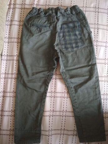 spodnie reserved 110cm.