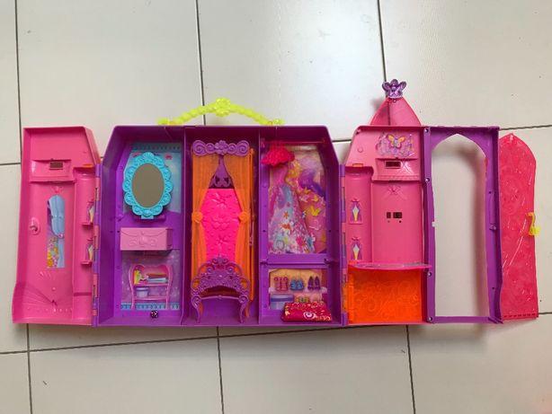 Składany zamek Barbie i Tajemnicze Drzwi