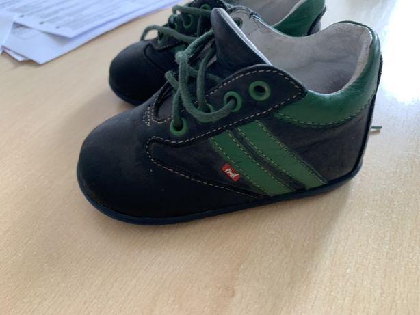 Trzewiki buty buciki Emel 21