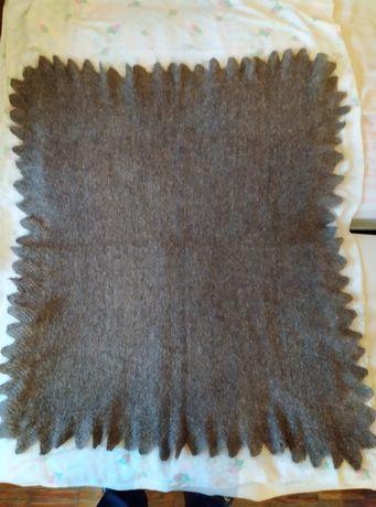 Платок шерстяной пуховый