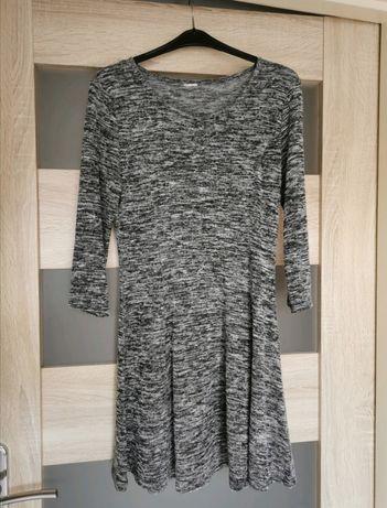Szara sukienka zwiewna