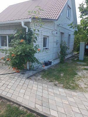 Хороший дом в с.Селычевка Барышевского района