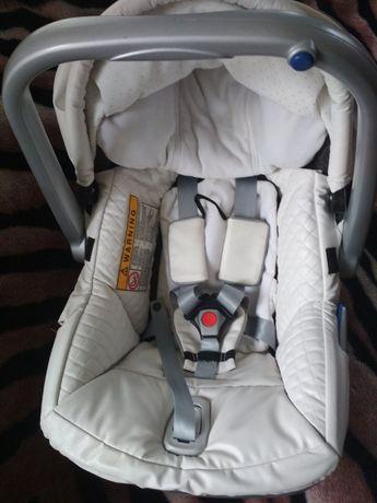 Автокресло, автолюлька, переноска Emmaljunga first class 0-13 кг