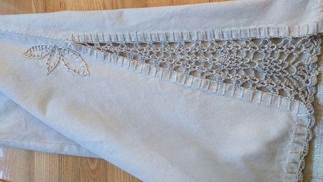 Spodnie bawełna beż S-M dzwony koronka perłowa szydełko -Street One