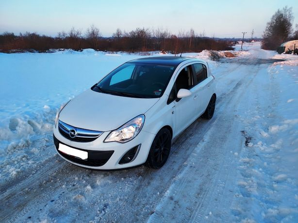 Opel Corsa D Lift 1.4 16V 2011 Limited Edition