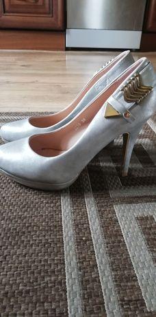 Buty damskie czółenka srebrne idealne rozm. 39