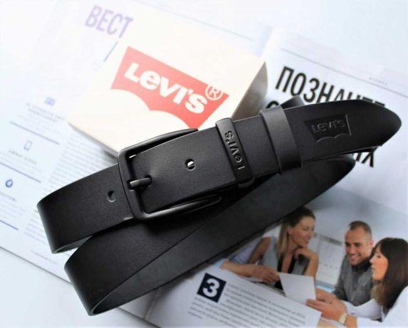 Мужской кожаный ремень с черной пряжкой Levis black