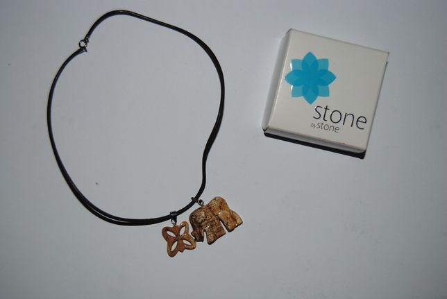 Vendo Colar Stone by stone