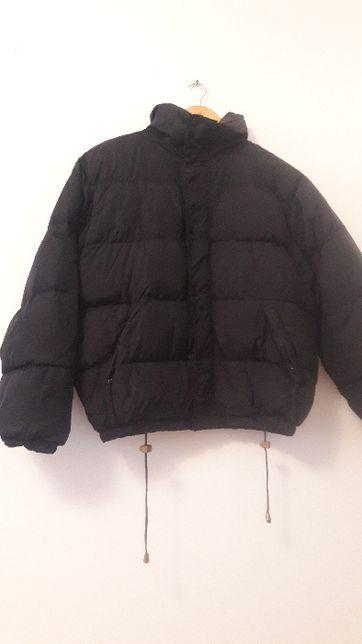 Куртка чорна на зиму, розмір S