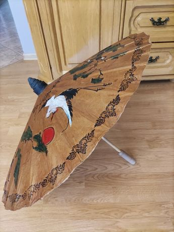 Orientalny parasol z Tajlandii. Handmade, malowany, naturalny produkt