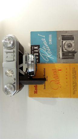 Sprzedam aparat analogowy maloobrazkowy z futeralem skorzanym na pasku