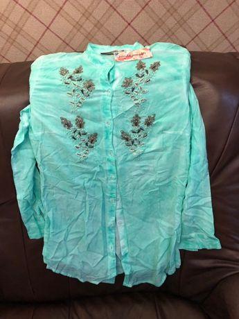 Продаю женскую рубашку производства Италии