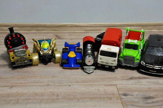 Машинки, мерседес, пожарная машина, поезд на пульте управления