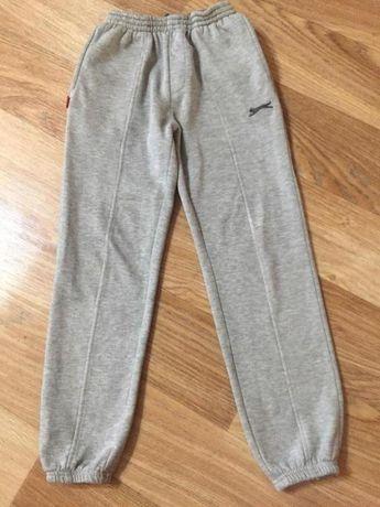 Теплые спортивные штаны для девочки 7-8 лет Slazenger