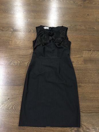 Платье до колена , классика